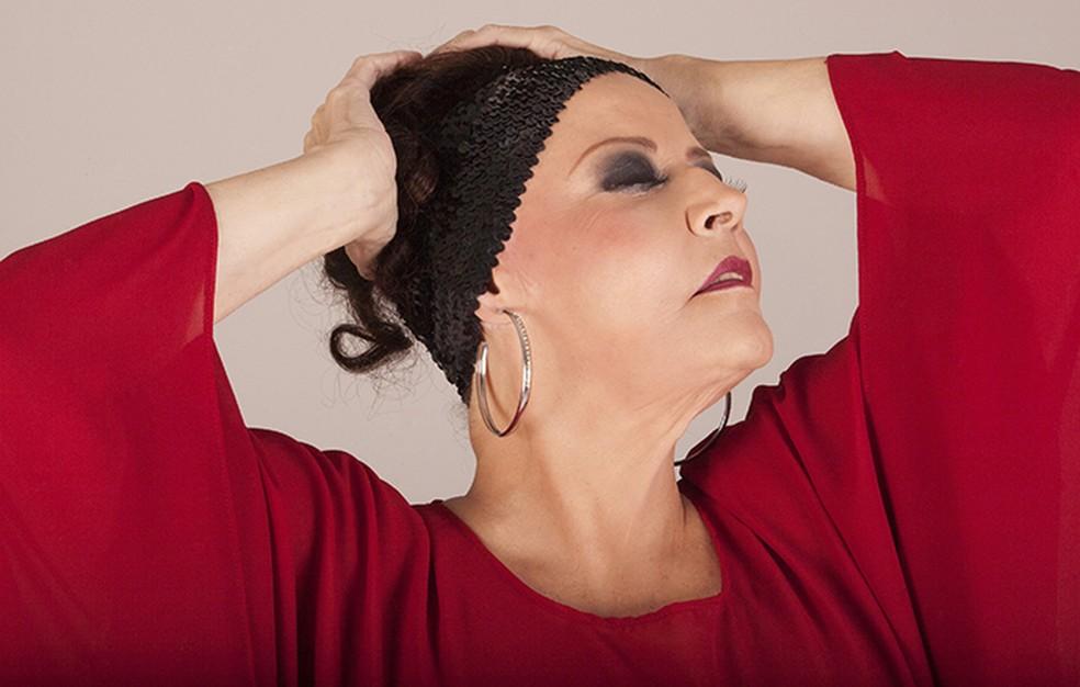 Cantora Célia foi revelada no programa de TV Um instante, maestro! (Foto: Divulgação/Jair de Assis)