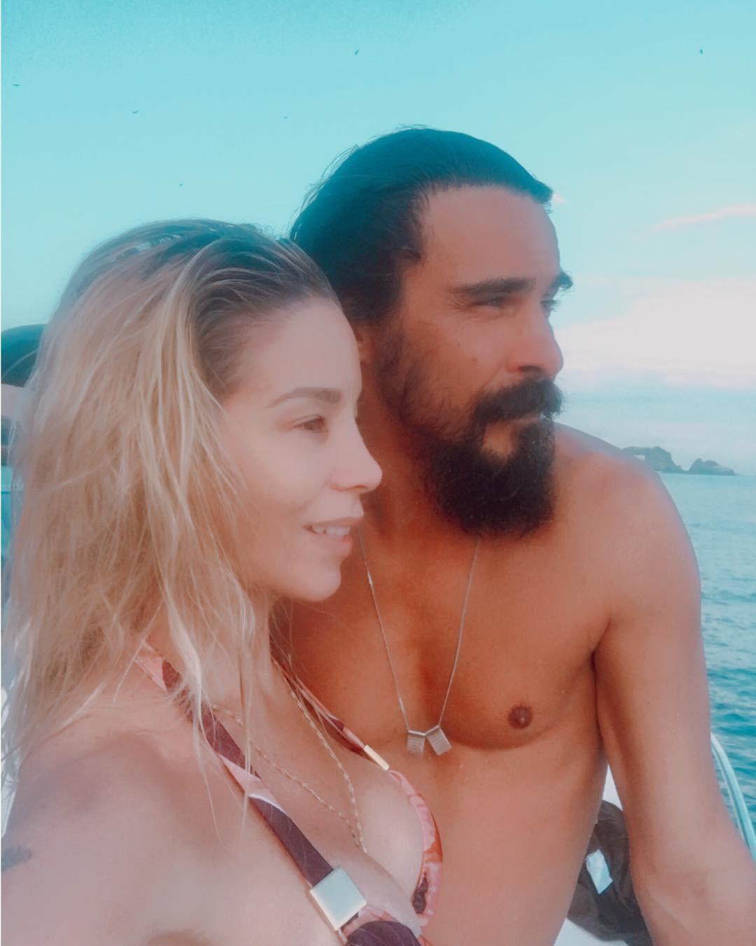 Danielle Winits e André Gonçalves (Foto: Reprodução Instagram)
