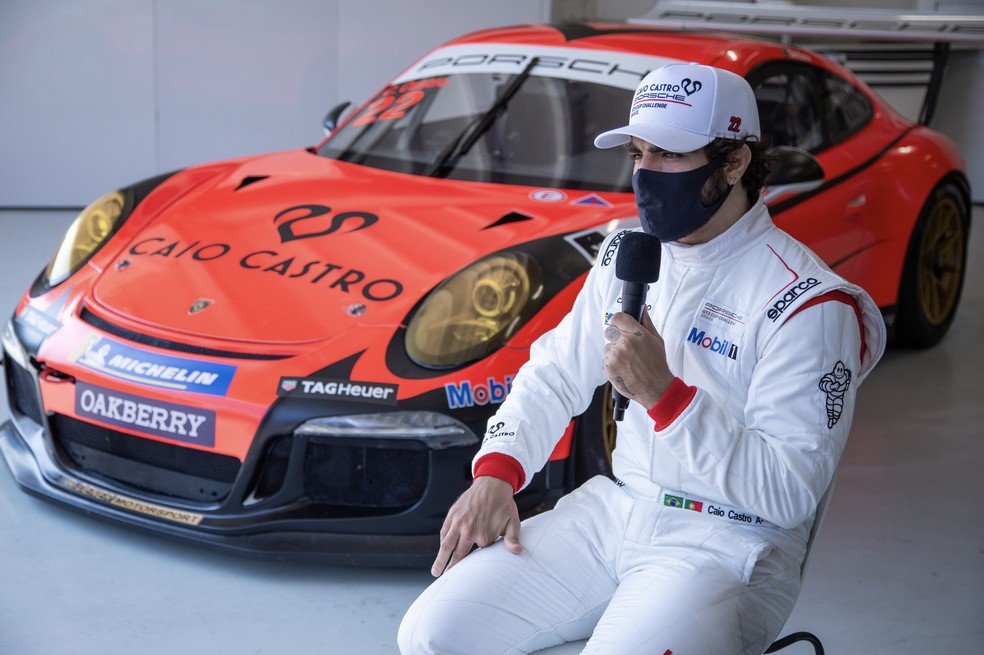 Caio Castro é anunciado como novo piloto da Porsche Cup — Foto: Ryan Gomes