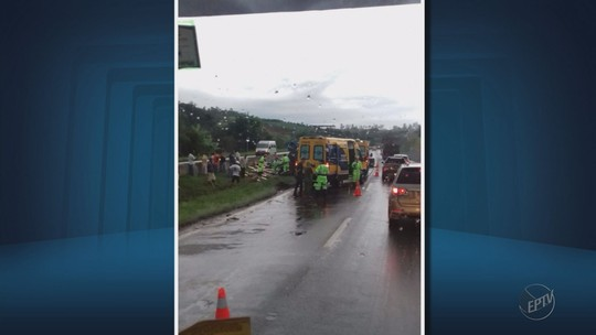 Motorista morre após tombar carreta na BR-381, próximo a Estiva, MG