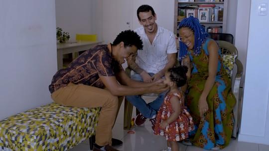 Famílias contam suas emocionantes histórias de adoção