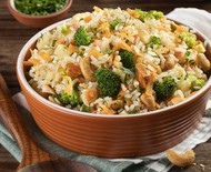 Receita de arroz integral com brócolis, maçã e castanha