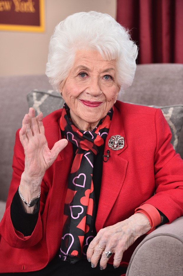 """UNIVERSAL CITY, CA - FEBRUARY 12: Actress Charlotte Rae attends Hallmark's Home and Family """"Facts Of Life Reunion"""" at Universal Studios Backlot on February 12, 2016 in Universal City, California.  (Photo by Alberto E. Rodriguez/Getty Images) (Foto: Getty Images)"""