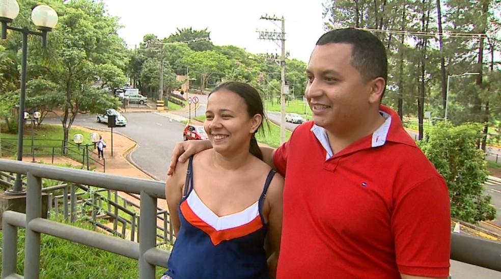 debora diego - 'Nunca desistimos', diz mãe de gêmeas separadas após cinco cirurgias em Ribeirão Preto, SP