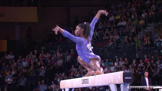 Simone Biles fecha Mundial de Ginástica com mais dois ouros e vira maior medalhista da história