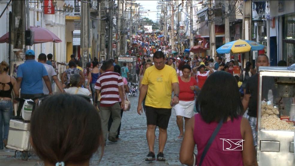 Rua Grande, principal via de comércio popular de São Luís (MA) — Foto: Reprodução / TV Mirante