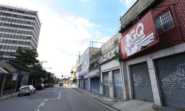 Todo o comércio do entorno da Gama Filho fechou as portas após o descredenciamento da instituição de ensino