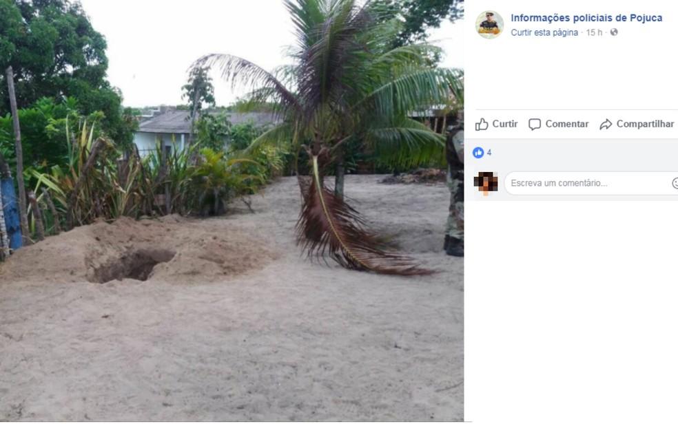 Cova onde casal foi encontrado foi cavada no quintal da casa das vítimas (Foto: Reprodução/ Redes Sociais)