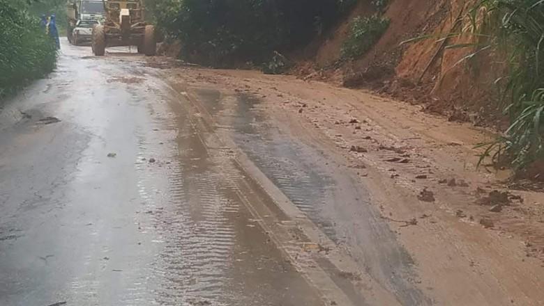 chuva-rj-porciuncula-estrada (Foto: Erivaldo Pereira de Souza/Arquivo Pessoal)