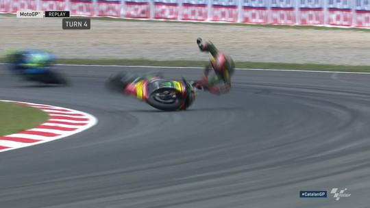 Confira as diversas quedas e acidentes que marcaram o GP da Catalunha do MotoGP