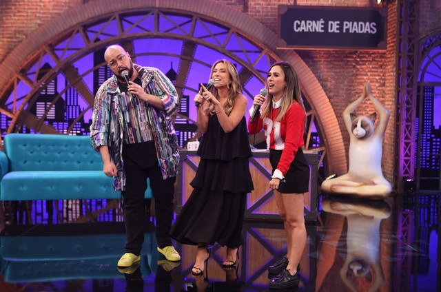 Tatá Werneck com Tiago e Patricia Abravanel (Foto: Gianne Carvalho/Multishow)