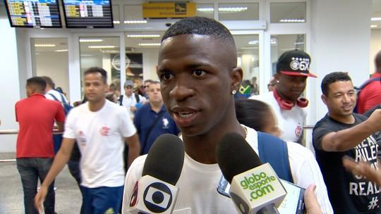 Após gols na Libertadores, Vinicius Jr cita a confiança do grupo na chegada à Vitória