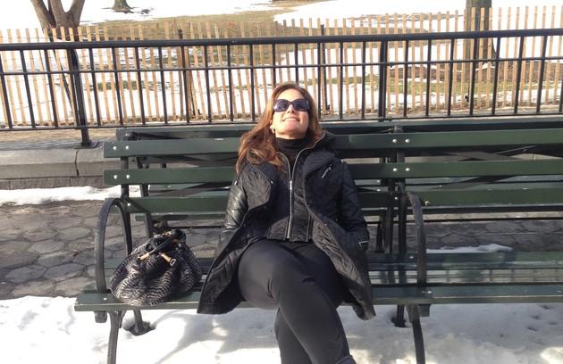 Relaxando no Battery Park, perto de onde a jornalista mora (Foto: Arquivo pessoal)