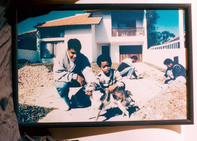 Ronaldinho infância (Foto: EMERT/CAMERA PRESS/REDUX)