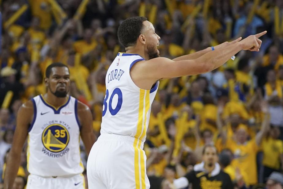 Domingo da NBA tem Curry decisivo, expulsão de Chris Paul e toco incrível em Giannis