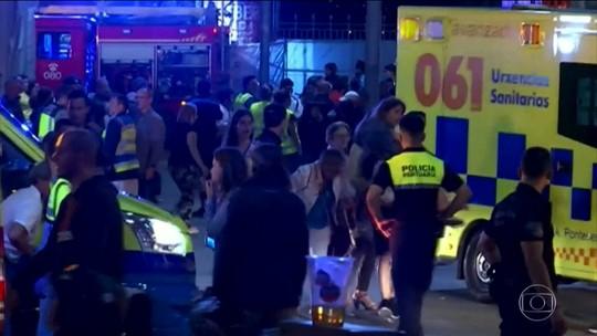 Mais de 300 ficam feridos após plataforma desabar durante festival na Espanha