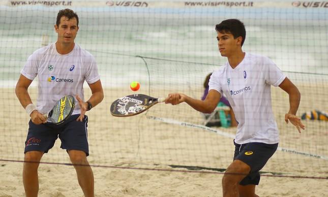 edca1df4d1fd Beach tennis: Dupla número 1 do Brasil disputa torneio em Copacabana ...