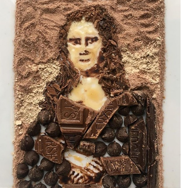 """O quadro """"Mona Lisa"""" foi recriado a partir de chocolate (Foto: Instagram/ Reprodução)"""