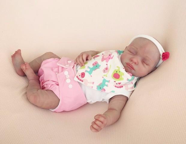 Boneco hiper-realista, que dependendo do modelo pode até respirar (Foto: Divulgação)