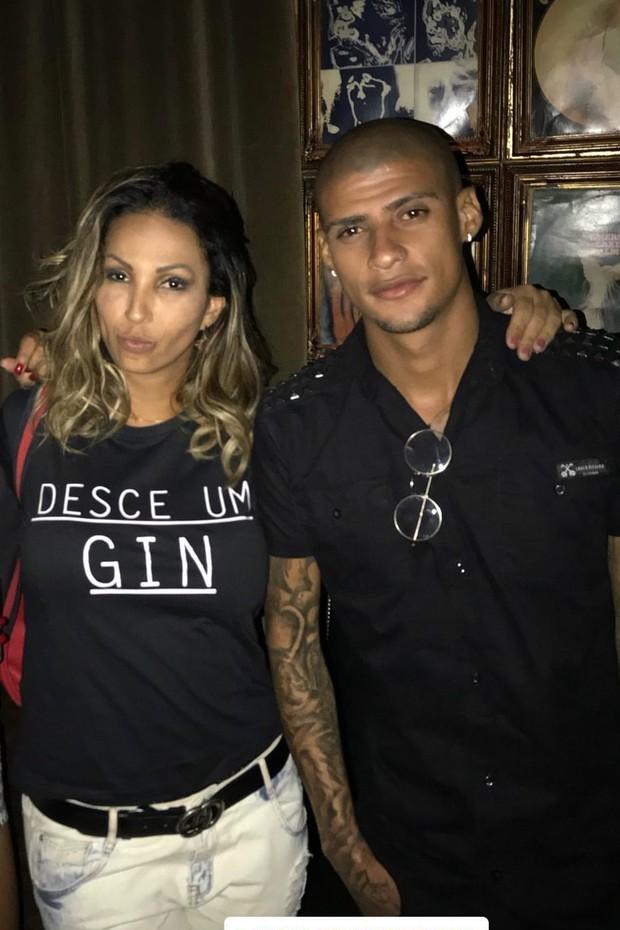 Valesca Popozuda e Patrick Silva posam juntos na web (Foto: Reprodução/Instagram)