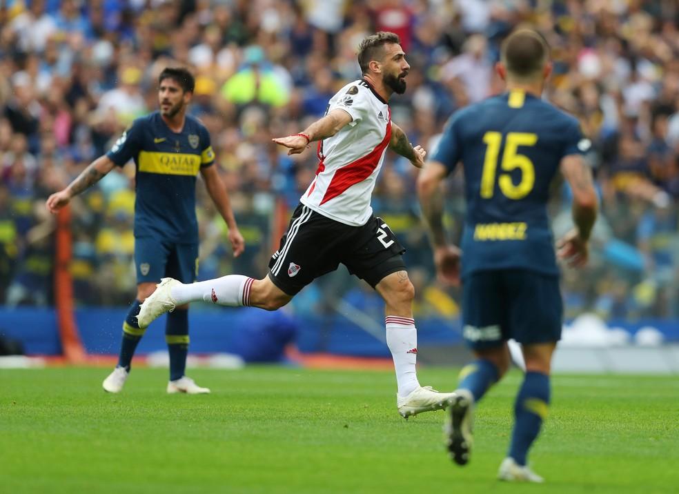 Lucas Pratto rendeu dinheiro ao São Paulo pela conquista do título da Copa Libertadores — Foto: Reuters