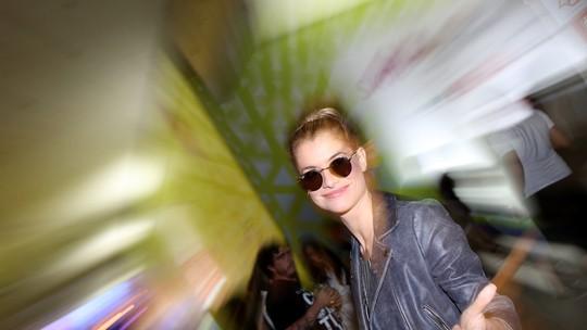 Alinne Moraes comenta look no Lollapalooza: 'Montei e vim'