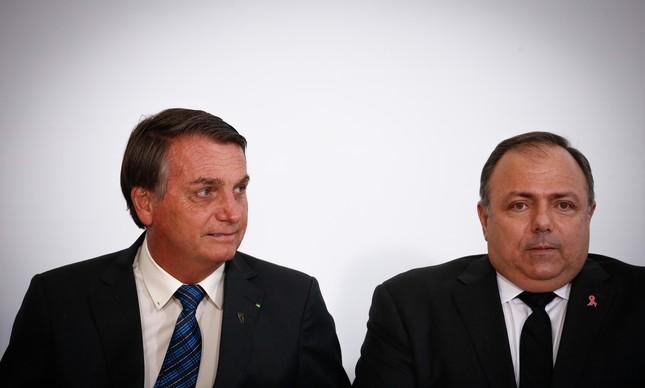 O presidente Jair Bolsonaro e o ministro Eduardo Pazuello