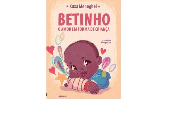 A obra sairá pela Globo Livros e conta a história real do menino de 2 anos que Xuxa conheceu em 2020, numa viagem à África (Foto: Divulgação)