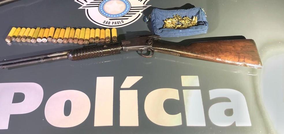 Dois são presos por homicídio de fazendeiro — Foto: Divulgação/Polícia Militar