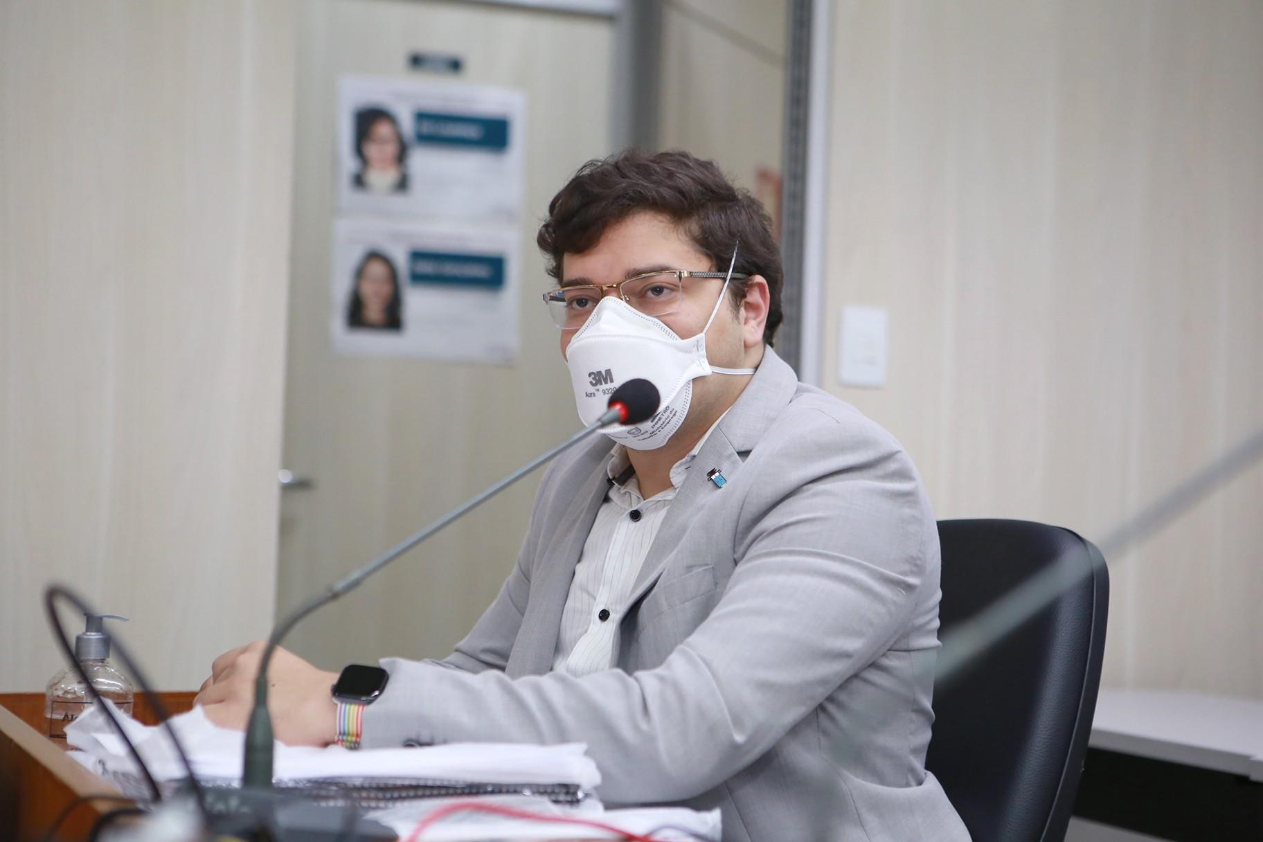 Em acareação, Alberto Lage diz que advogado de ex-presidente da BHTrans, Célio Bouzada, é pago por empresários de ônibus