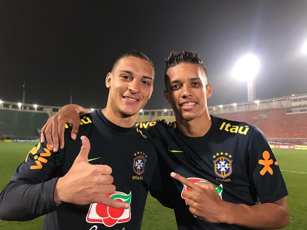 Pedrinho e Antony, na seleção brasileira sub-23 — Foto: Bruno Cassucci