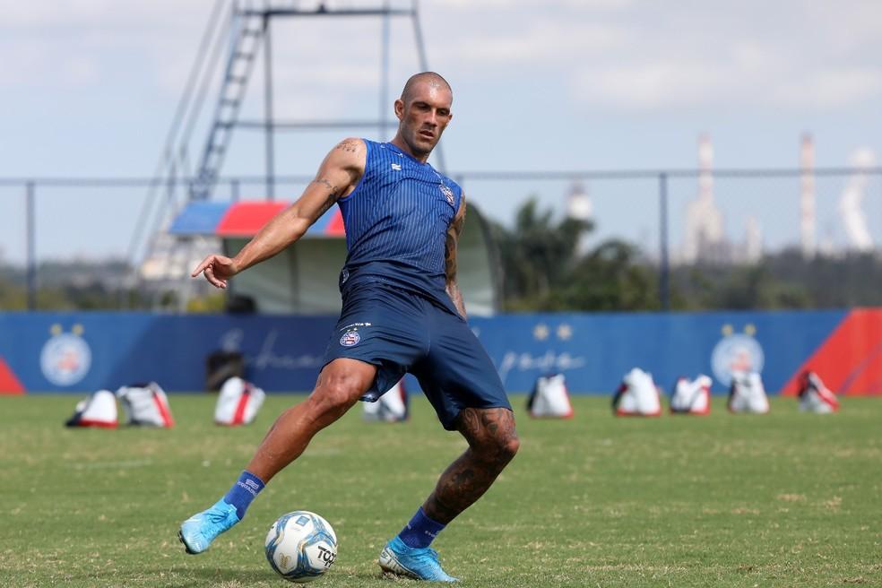 Fernandão em treino do Bahia — Foto: Felipe Oliveira / Divulgação / EC Bahia
