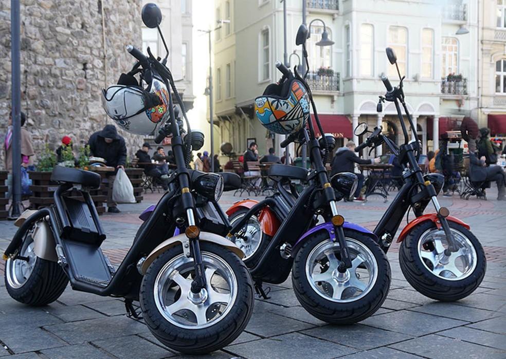 Dependendo do tamanho, scooter elétrico precisa ser emplacado — Foto: Divulgação