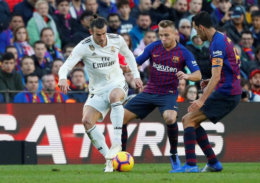 9f48ba88c452b Arthur empolga jornais de Barcelona após goleada sobre o Real Madrid ...