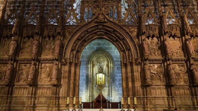 Catedral de Valência, na Espanha. diz guardar o verdadeiro Santo Graal (Foto: GETTY IMAGES via BBC)