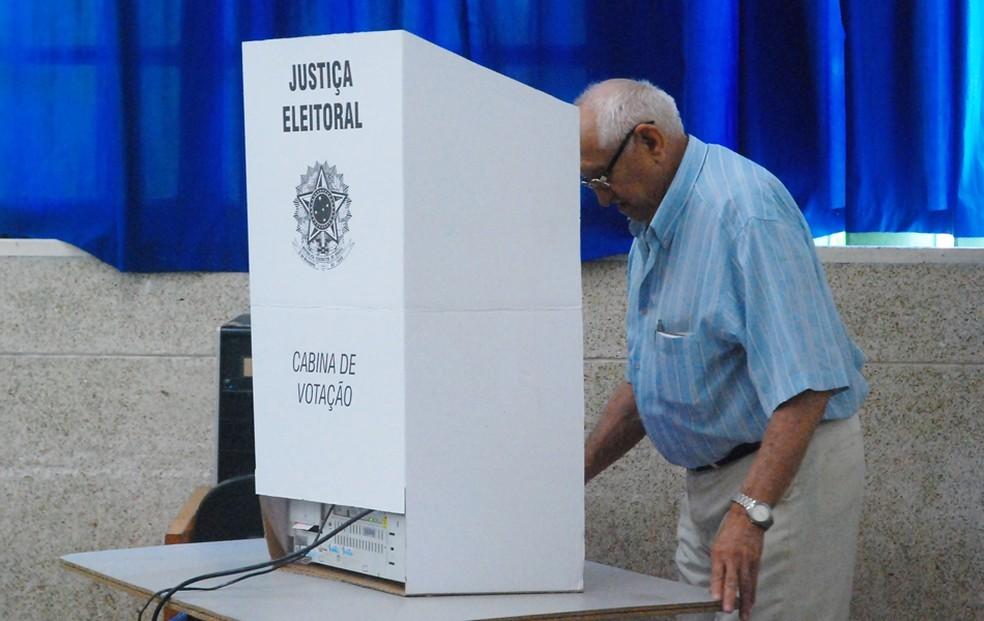 Cresce a proporção de eleitores idosos, aponta TSE (Arquivo) — Foto: Renata Vasconcellos