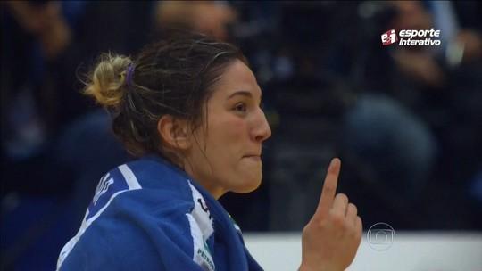 Mayra é campeã na Rússia e se torna maior medalhista do país em Mundiais