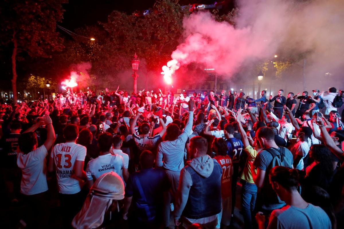Paris Saint-Germain vai transmitir a final da Champions para 5 mil pessoas  em seu estádio   liga dos campeões