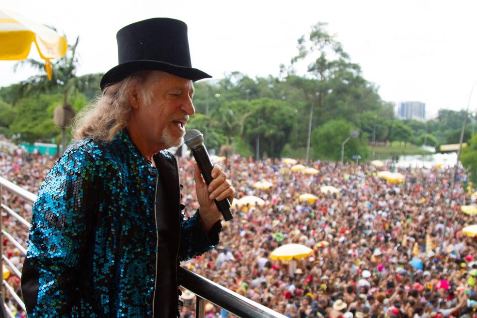 Cantor Alceu Valença arrastou público no Ibirapuera — Foto: Kevin David/A7 Press/Estadão Conteúdo