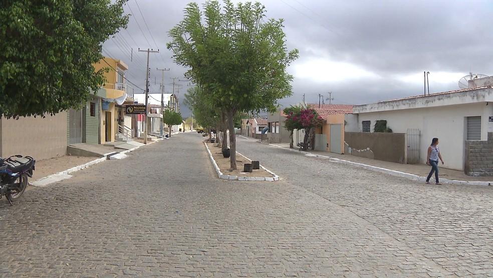 Pedra Lavrada fica na região do Cariri da Paraíba — Foto: Reprodução/TV Paraíba