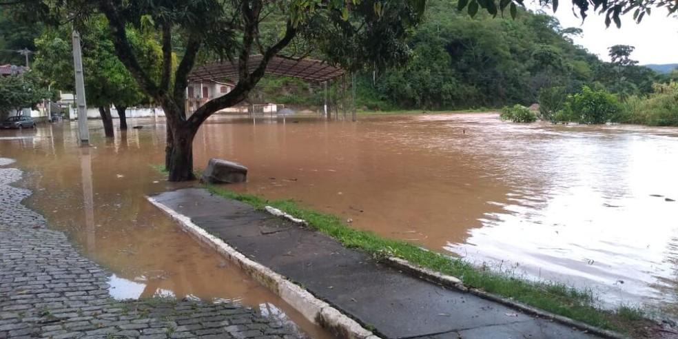 Pluviômetros marcaram 61 milímetros de chuva nesta quarta-feira (18) em Trajano de Moraes, no RJ — Foto: Divulgação/Defesa Civil de Trajano de Moraes