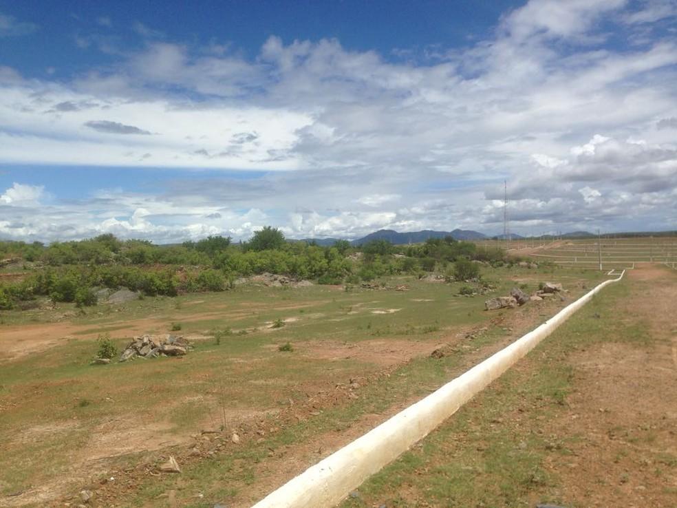 Alguns vereadores de Jucurutu não querem que o IFRN funcione no bairro escolhido. (Foto: Alan Amaral)
