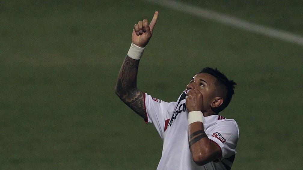 Galeano comemora gol do São Paulo contra o Ituano — Foto: Divulgação/saopaulofc.net
