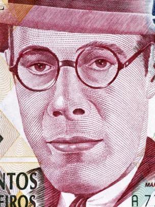 Por sua importância na literatura brasileira, Mário de Andrade estampou nota de 500 mil cruzeiros (Foto: GETTY IMAGES via BBC)