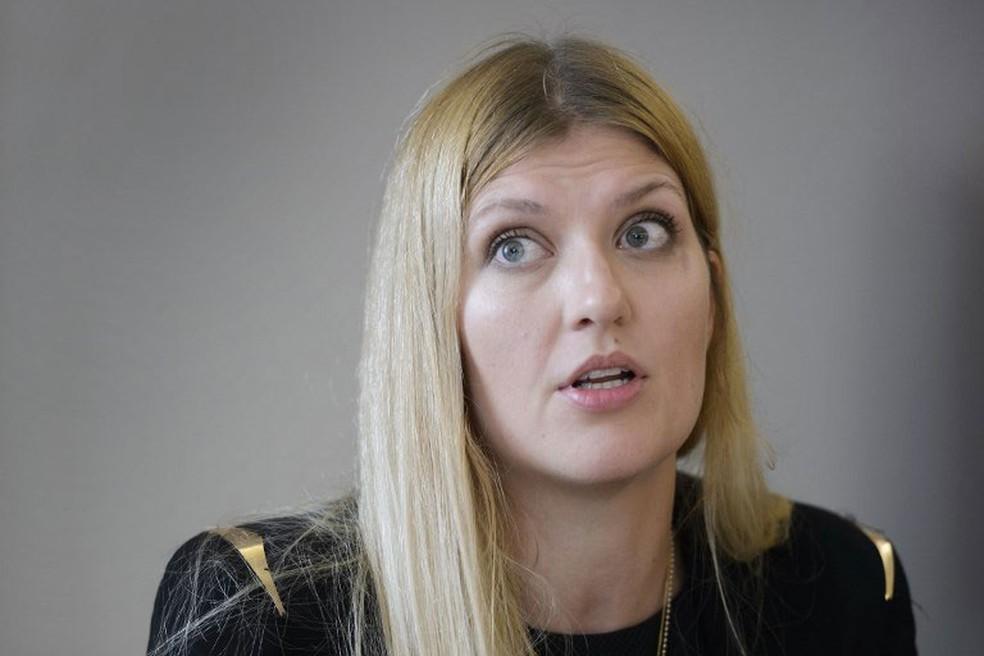 Diretora Executiva da Campanha Internacional para a Abolição das Armas Nucleares (Ican), Beatrice Fihn, em imagem de arquivo (Foto: Fabrice Coffrini/AFP)