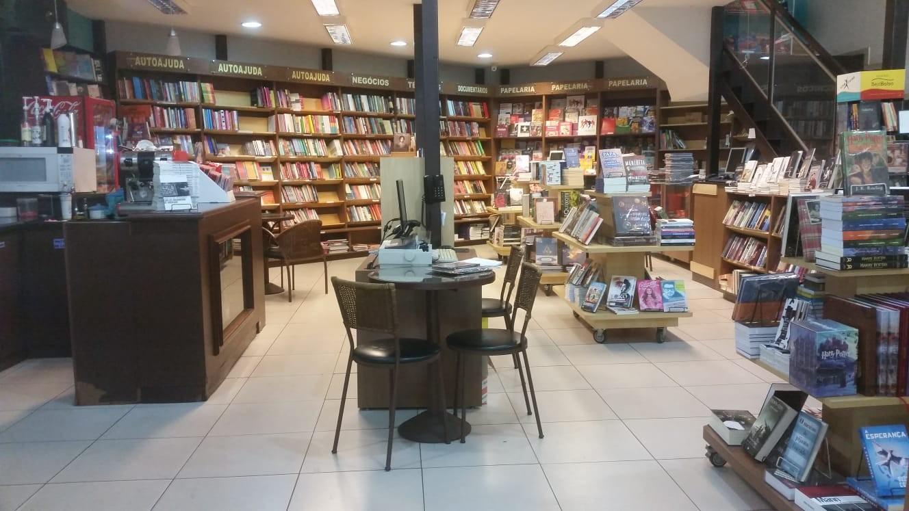 Única livraria física da terra de Carlos Drummond de Andrade corre o risco de fechar as portas