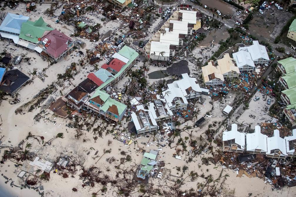 Destruição na Ilha de Saint Martin, no Caribe, após passagem do furacão Irma (Foto: Netherlands Ministry of Defence/Handout via REUTERS)