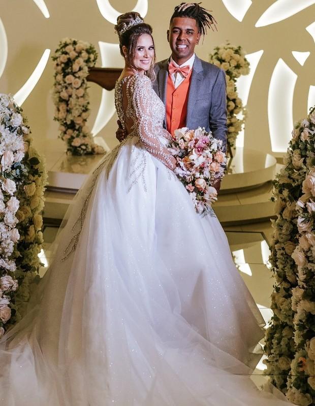 MC MM e Julie Ane Soares se casam (Foto: Vinícius Donha)