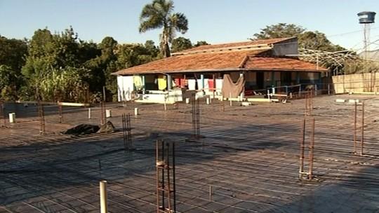 Abrigo de idosos faz campanha para conseguir doações para ampliar estrutura, em Anápolis