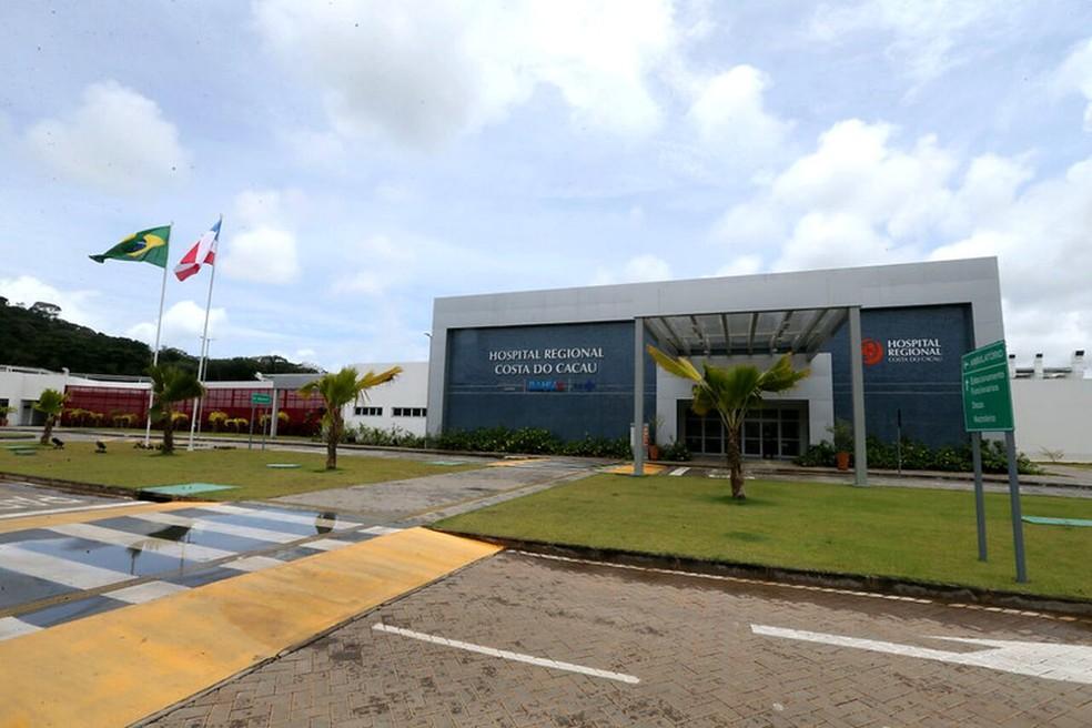 Com 30 leitos de UTI adultos, o Hospital Regional Costa do Cacau estabeleceu um planejamento para o acolhimento do paciente com suspeita de Covid-19. — Foto: Camila Souza / GOVBA